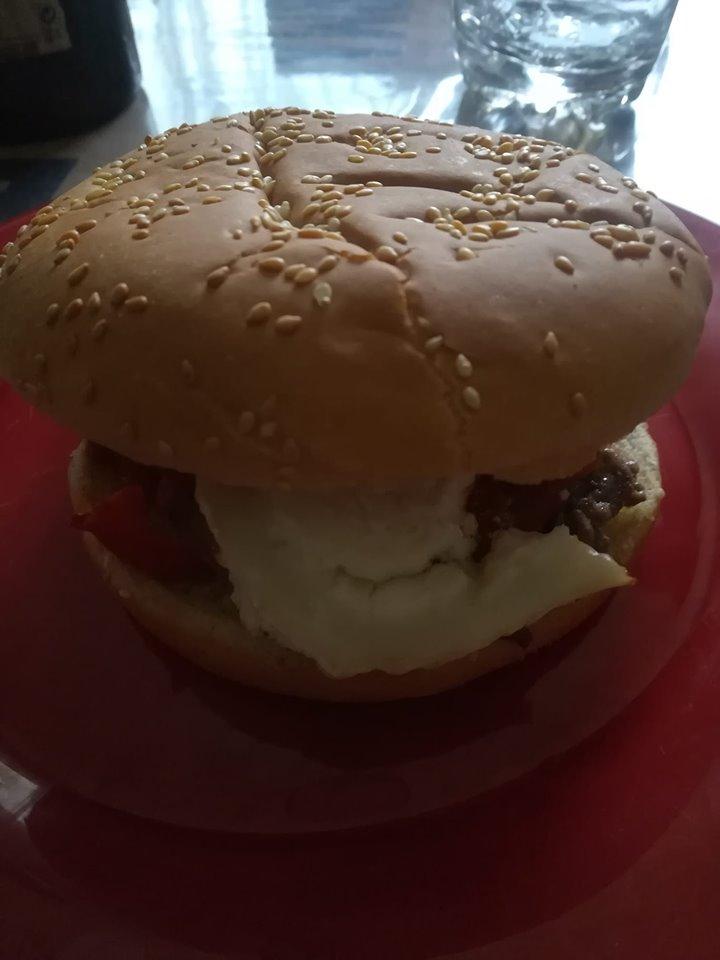 recettes-ludo-hamburger-chevre-sauce-facon-barbecue