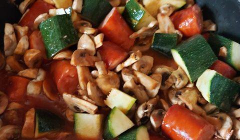 recettes-ludo-saucisse-fume-champignons-courgettes